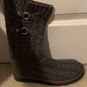 Gray ugg boots